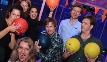 ballen knallen en de wallen bowlen amsterdam - Dagarrangement Amsterdam -