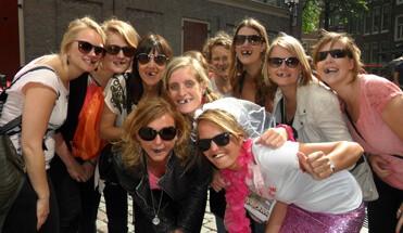 hangover vrouwen vrijgezellenfeest - The Hangover Stadsspel - vrijgezellenfeest-vrijgezellenuitje-amsterdam