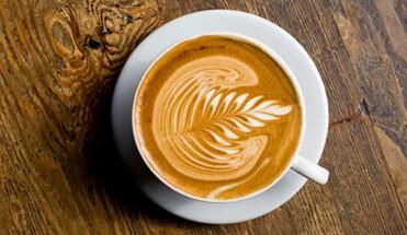 koffie cruise - Koffie Cruise - Maak een mooie rondvaart over de Amsterdamse grachten en neem er een lekkere bak koffie bij tijdens onze koffie cruise. Een leuke canal cruise door de mooiste grachten van de stad.